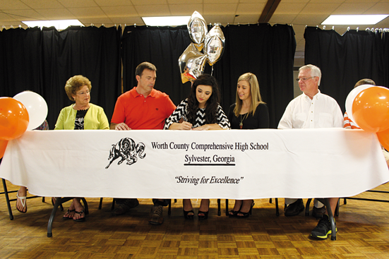 Candace Cook signed to be a cheerleader with Mercer University on Monday, May 13. She was a competition cheerleader at WCHS, served as yearbook editor, and was an honor graduate. Joining her for the big occasion were her sister, Chloe; grandparents, Ralph and Geneva Causey; parents, Joey and Rewa Cook, and brother, Wess.